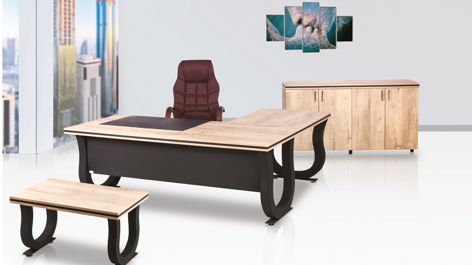 Valdi Makam Masası